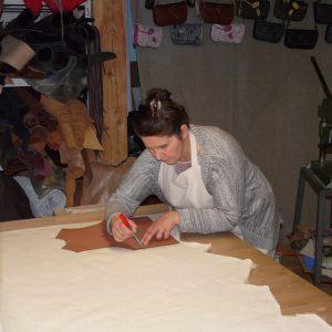 Toute l'histoire de l'Atelier Cuir Polaine, artisan maroquinier sandalier en Cévennes depuis 1993 - 14