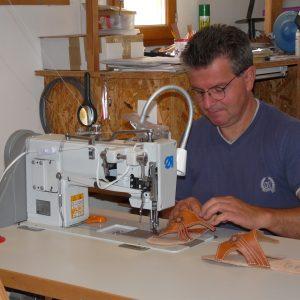 Toute l'histoire de l'Atelier Cuir Polaine, artisan maroquinier sandalier en Cévennes depuis 1993 - 15
