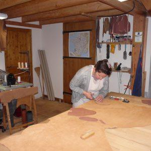 Toute l'histoire de l'Atelier Cuir Polaine, artisan maroquinier sandalier en Cévennes depuis 1993 - 6