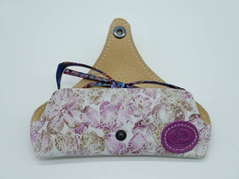 Etui à lunettes artisanal cuir jamaica par l'Atelier Cuir Polaine Cévennes